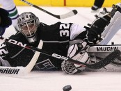 Los Angeles Kings Open Defense of Cup Title Against San Jose Sharks
